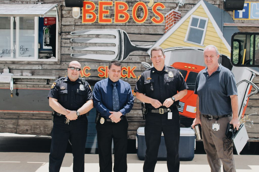 Bebo's gives back to Concord Police!